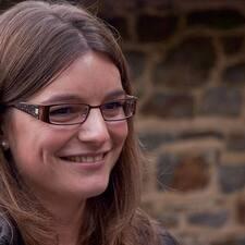 โพรไฟล์ผู้ใช้ Anne-Hélène