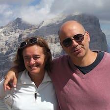 Rossella & Giulio è l'host.