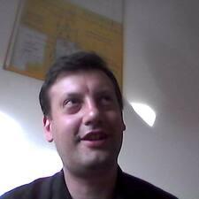 โพรไฟล์ผู้ใช้ Corrado