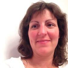 Anne-Claire User Profile