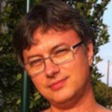 Profil korisnika Corneliu
