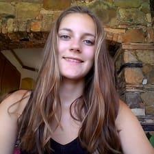 Justine Brugerprofil