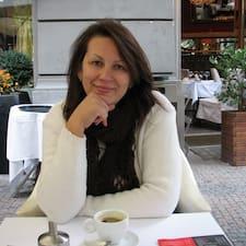 Olga es el anfitrión.