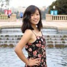 Потребителски профил на Rebecca