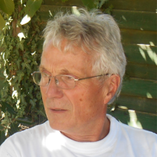 Profil Pengguna Yves