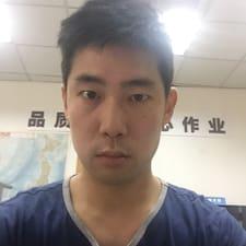 Profilo utente di 钟英