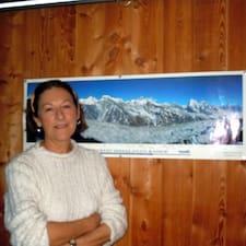 โพรไฟล์ผู้ใช้ Marie-Cécile