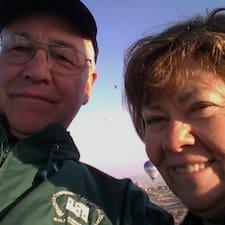 John And Barbara felhasználói profilja