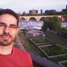 โพรไฟล์ผู้ใช้ Sérgio