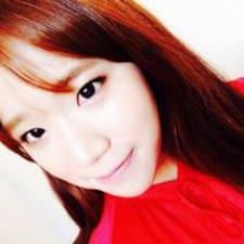 Hyun-Young的用戶個人資料