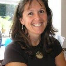 Lorina felhasználói profilja
