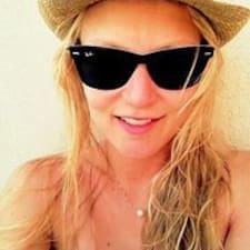 Laurine felhasználói profilja