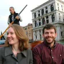 Katie & Ron felhasználói profilja