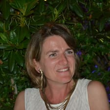 Anne-Laure User Profile