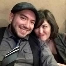 Profilo utente di Byron & Christine