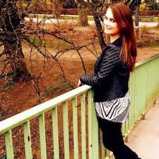 Miriam felhasználói profilja