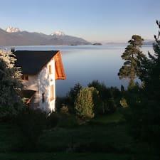 La Sirenuse Lake Suites est l'hôte.