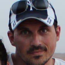 Profil Pengguna Donato