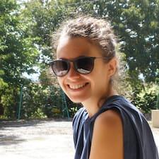 Profil Pengguna Émilie