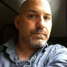 Conrad felhasználói profilja