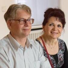 Jean-Louis Et Christiane est l'hôte.