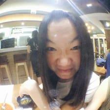 โพรไฟล์ผู้ใช้ Yan Tung