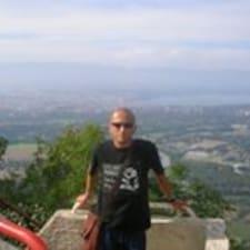 Benigno felhasználói profilja