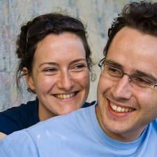 โพรไฟล์ผู้ใช้ Laurent And Sarah
