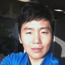 โพรไฟล์ผู้ใช้ HeeKwon