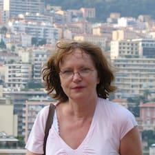 Anne-Marie4