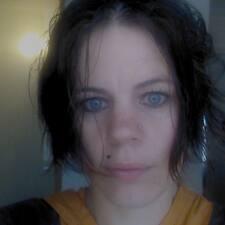 Jaimie-Lyn User Profile