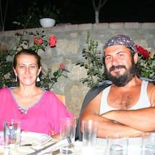 Murat je domaćin.