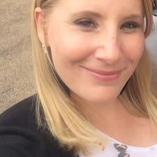 Anne-Victoria User Profile