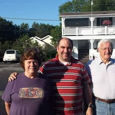 Henkilön Robert And Suzanne käyttäjäprofiili