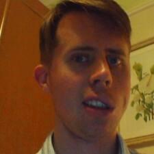 Profil Pengguna Neale