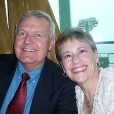 Steve & Gaile felhasználói profilja