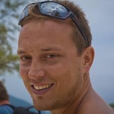 Jaroslav的用戶個人資料