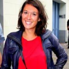Marie-Caroline User Profile
