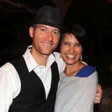 Natalie & Jesse Superhost házigazda.