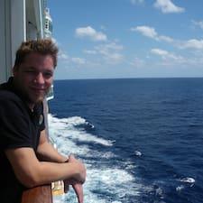 Profilo utente di Tom