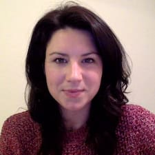 Laura的用戶個人資料