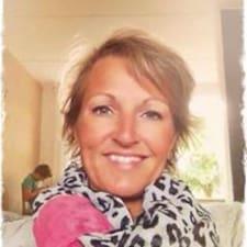 Carolien User Profile