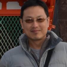 โพรไฟล์ผู้ใช้ Leung