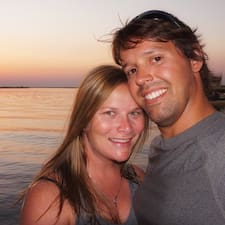 Sara & Will User Profile