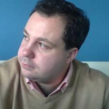 Charles-Edouard的用戶個人資料