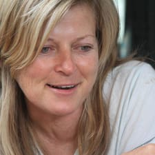 Naomi Brukerprofil