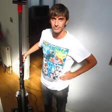 Francesco ist der Gastgeber.