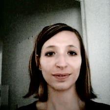 Charlotte的用戶個人資料