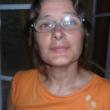 Henkilön Valerie käyttäjäprofiili