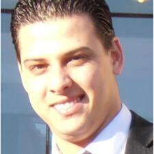 โพรไฟล์ผู้ใช้ Naoufel Tahri